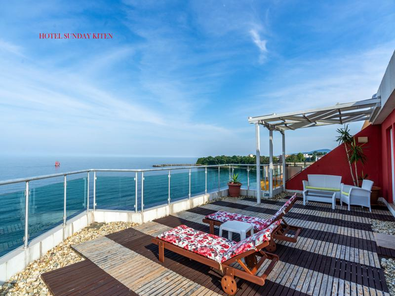 terrace overlooking the sea VIP apartment